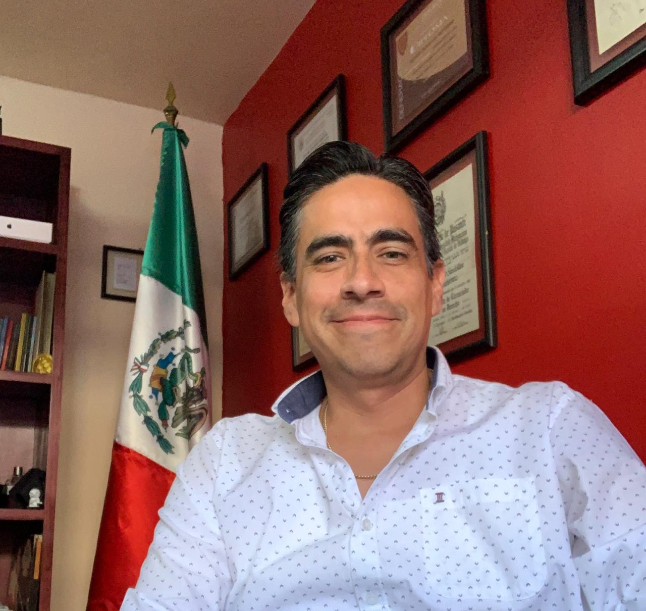 Ricardo Santillán Gtz.